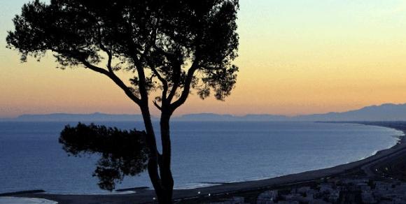 Coucher du soleil, panorama des Pierres blanches à Sète - Hérault, le Languedoc © JM. Lallemand